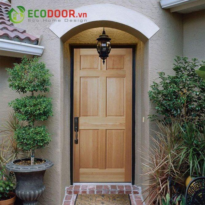 Cửa gỗ tự nhiên 06A có độ bền cao khi tiếp xúc với nước.